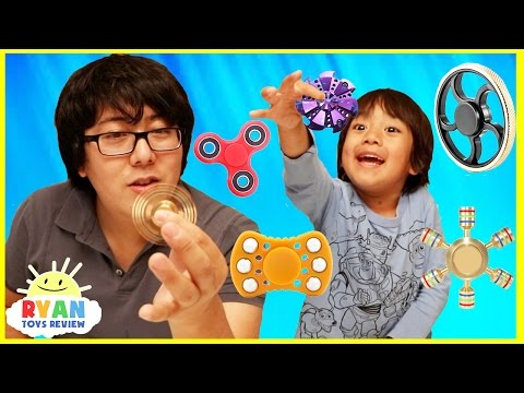 FIDGET SPINNER CHALLENGE and Amazing Spinners tricks with Ryan ToysReview
