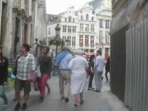 Belgium: Bruxelles (1/6) Galeries Royales St-Hubert 2012-08-24(Fri)1924hrs