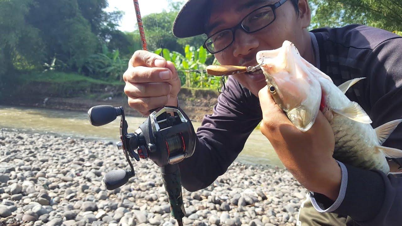 Mancing di sungai air deras dapat ikan besar bro