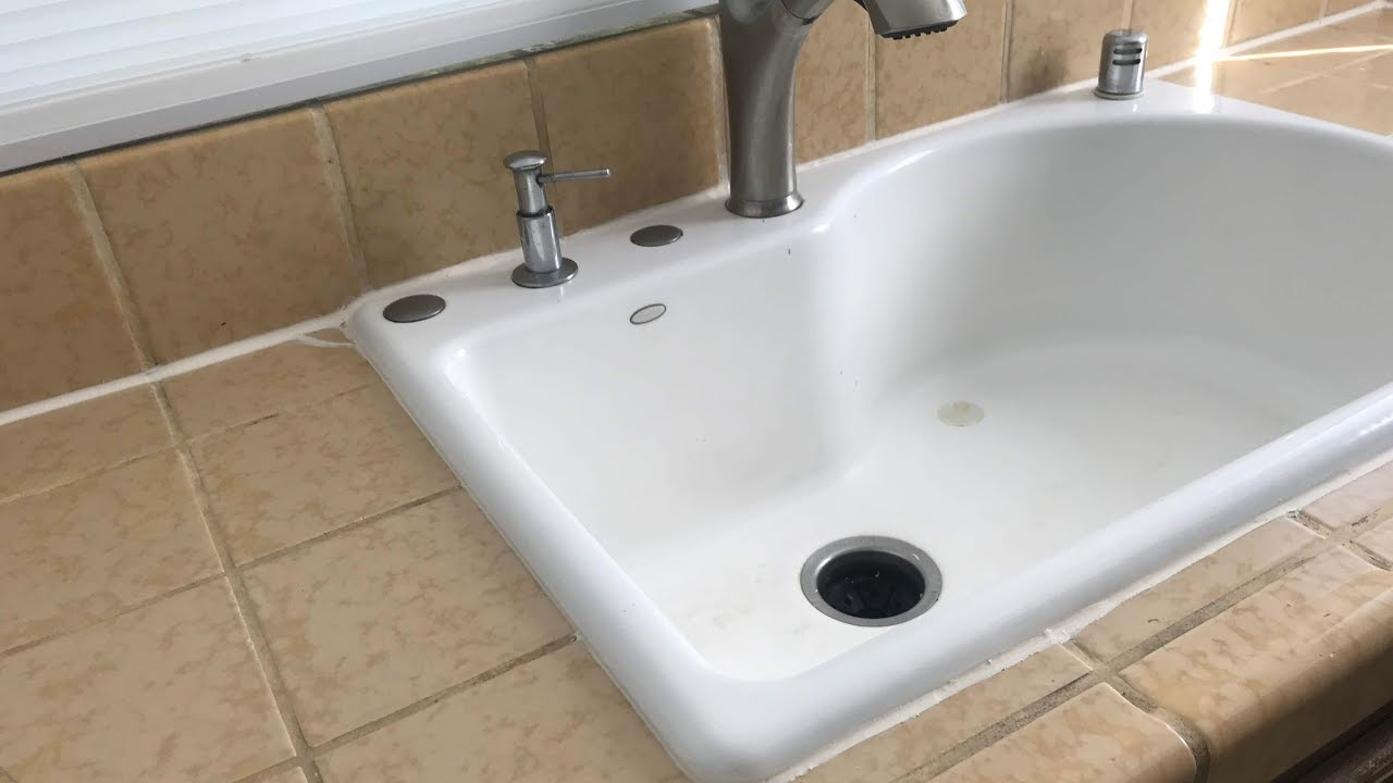 Caulking A Kitchen Sink Do It Yourself Results Youtube