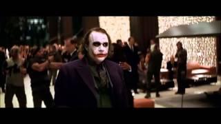 Il cavaliere oscuro - Joker è l'animatore della serata