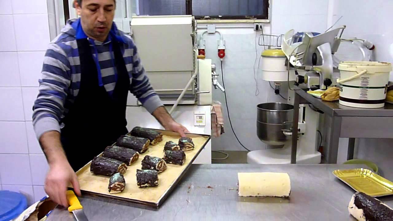 Tronco Di Natale Youtube.Video Ricetta Su Youtube Salame Del Re O Tronchetto Di Natale O Rotolo Di Cioccolato