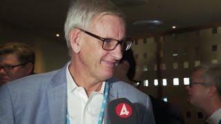 Carl Bildt: Han kan inte bli en sämre partiledare än jag - Nyheterna (TV4)