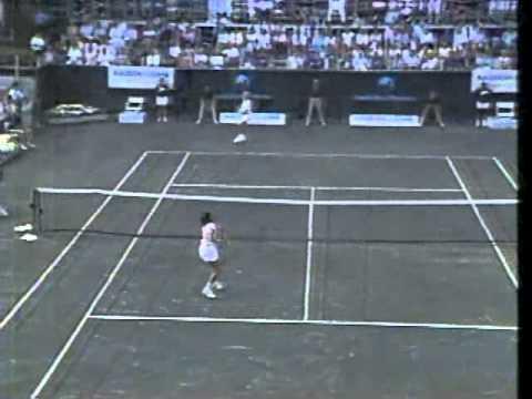 legend tennis - YouTube