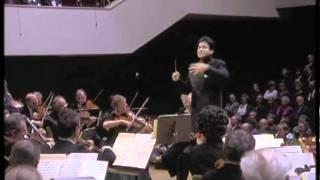 """Franz Lehar: Waltz """"Gold und Silber"""", Daniel Nazareth conducts"""