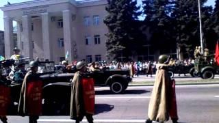 Парад победы в запорожье 2013(Это видео загружено с телефона Android., 2013-05-09T09:55:28.000Z)