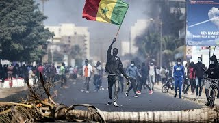 Sénégal : Ousmane Sonko gardé à vue, l'opposition s'indigne