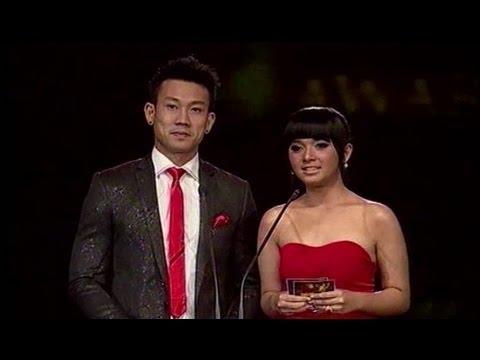 Putri Ayu & Denny Sumargo - Panasonic Gobel Awards 2013 (RCTI)
