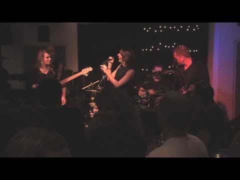 "Beispiel: ""Free your mind"" - Oscars, Esslingen, 10.01.2014, Video: MU6."