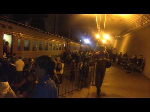 Южный и  Северный жд  вокзалы переполнены пассажирами