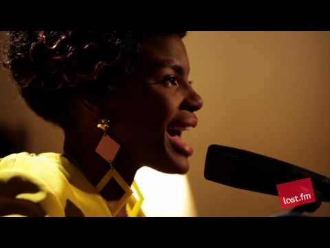 Noisettes - Never Forget You (Last.fm Sessions)