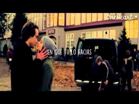 Hotel Ceiling - Rixton [Traducida al español] HD