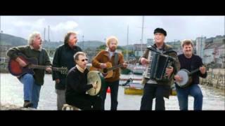 Download lagu The Irish Rovers - Drunken Sailor  (HQ)
