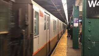 NYC Subway Holiday Train 2017 on Christmas Eve