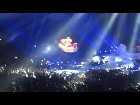 Miley Cyrus - Bangerz Tour [Someone Else]