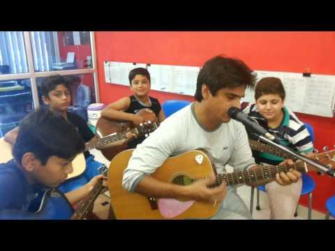 Bhar do jholi meri  ya from movie Bajrangi Bhaijaan and singer Adnan Sami ( guitar chords) unplugged