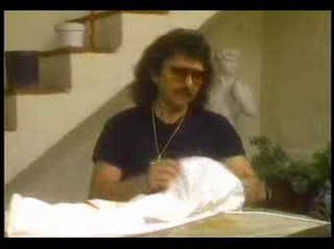 Tony Iommi in Trick or treat (incl. Trashed uncut!).