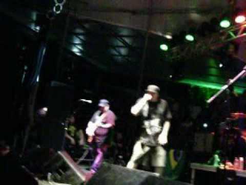 P.O.D Lie Down live vitória Brasil mp3