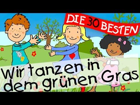 Wir tanzen in dem grünen Gras - Bewegungslieder zum Mitsingen || Kinderlieder