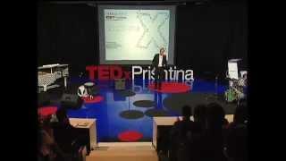 Të luftosh për të vërtetën në Kosovë si gazetar i pavarur: Enver Robelli at TEDxPrishtina