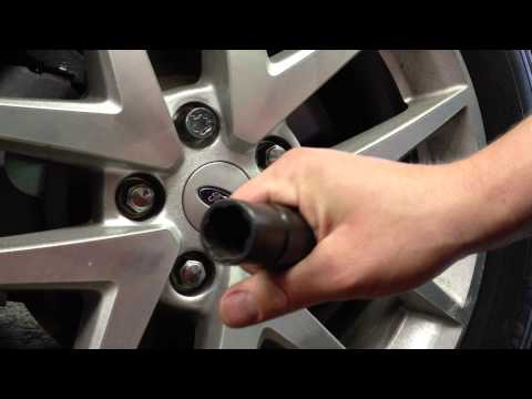 Ford Quick Tips: #24 Why Locking Lugnuts Are Worthless- Easy Removal