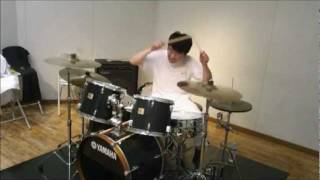 "Drumming on ""New Rose - The Damned"""