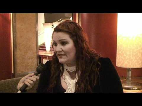 Chaos Tube: Hera Björk haastattelu 01