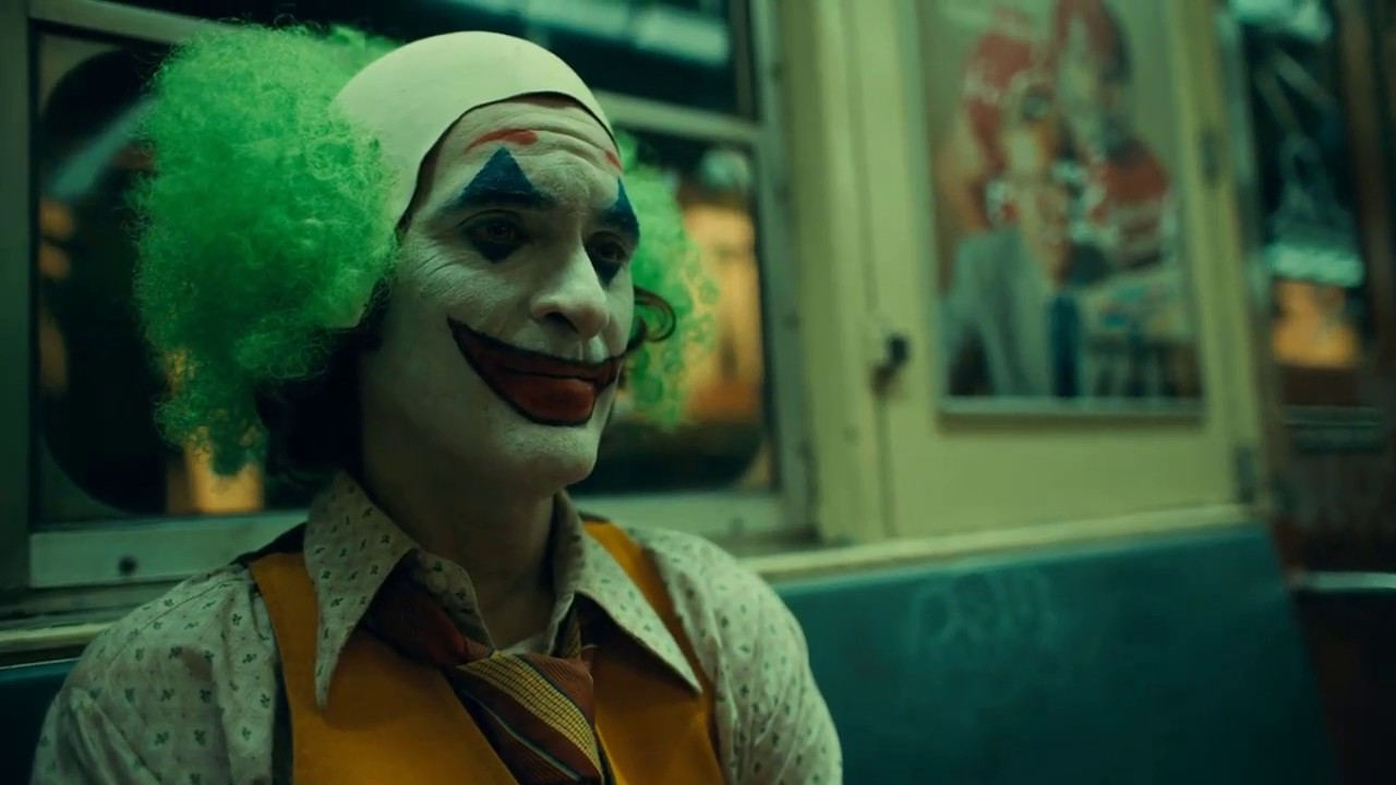 Download Joker Commits His First Crime || Train Scene - Joker(2019) Movie Clip