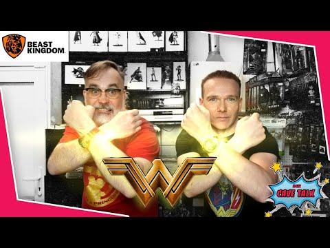 Unsere Wonder Woman & DAH-012 8ction Von Beast Kingdom | Der Cave Talk Folge 21 | Comic Toy Hunter