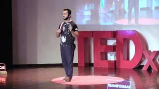 ¿CÓMO ENTRENAR EL CEREBRO Y CREAR SUPER-HUMANOS?: INGENIERIA DE UN FUTURO | Yakup Kakur | TEDxUPP