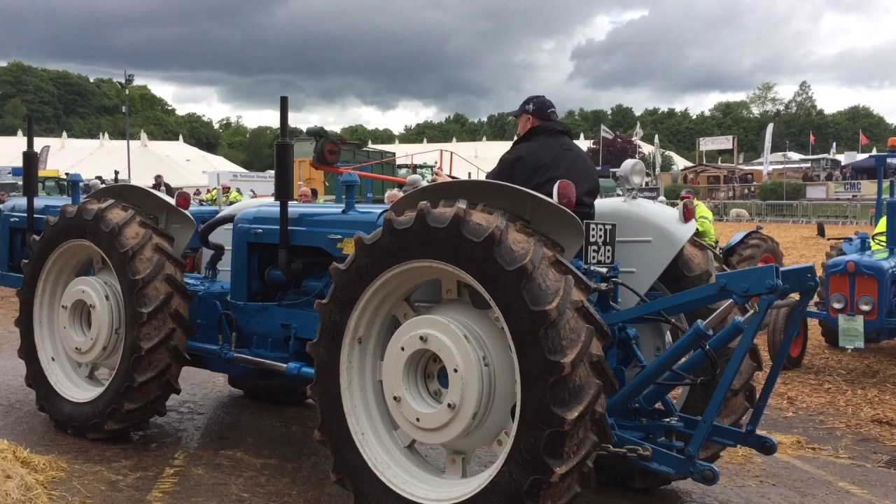 devon county classic tractor run 2017 ford jubilee massy fordson and more [ 1280 x 720 Pixel ]