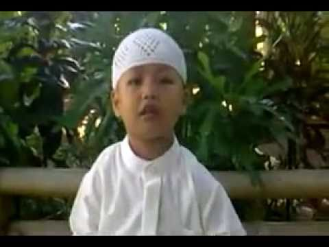 Reading Quran-Fahd Mujahid (3 years old)-child-islamic-funny-indonesia..mp4