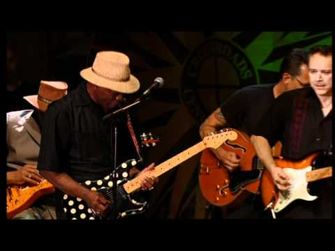Eric Clapton/ Robert Cray/ Buddy Guy/ Hubert Sumlin/ Jimmie Vaughan - Sweet Home Chicago Live