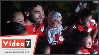 بالفيديو..محمد صلاح يلتقط