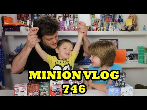 Opening Blind Bags Minion Vlog (Inside Out, Frozen, Imaginex)  - Day 747 |ActOutGames