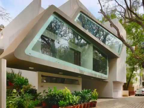 Modern House Design With Futuristic Style Creating Visual Connection Outside Greens The Indoors