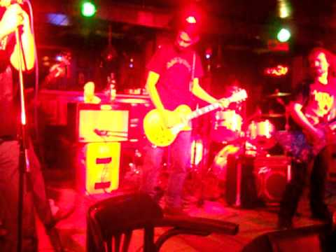 Silver Bullet - Thunderstruck live mp3