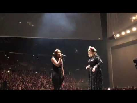 Adele Invited A Fan To Sing On Stage And Had No Idea She Was This Grammy Nominated Star!