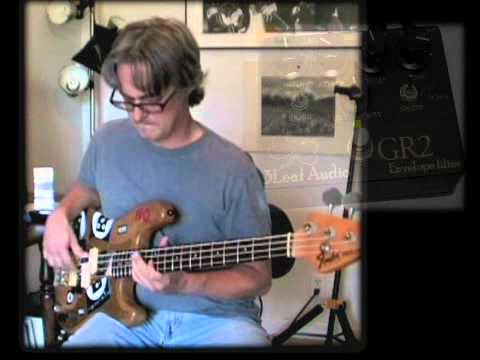 3Leaf Audio GR2 Groove Regulator Pedal Demo (On Bass)
