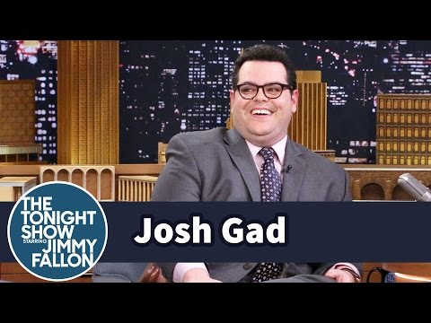 Thumbnail: Josh Gad's Beauty and the Beast Horse Almost Ran Over Hermione