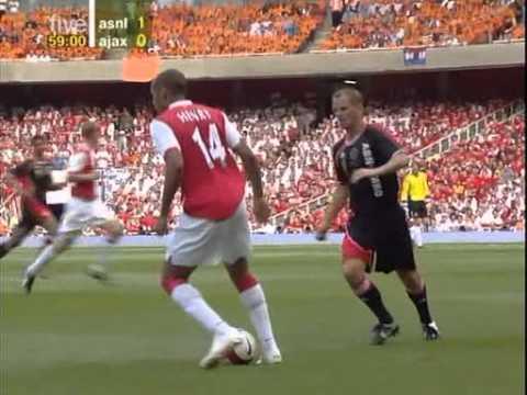 Despedida Bergkamp (Arsenal-Ajax) inauguracion Emirates Stadium 22-7-06 2a parte