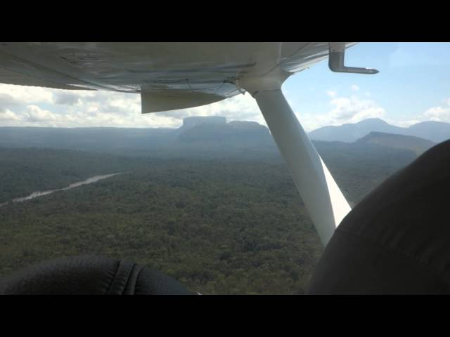 Flight Ciudad Bolivar to Canaima, Venezuela 3) Travel Video