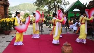 Чамские Башни: женщины танцуют - мужчины внемлют