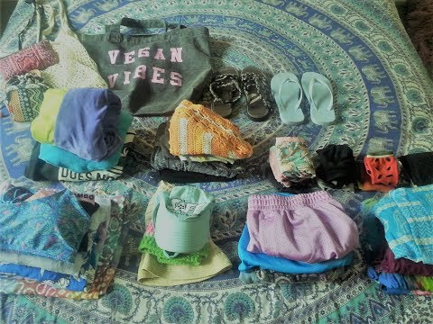 MINIMALIST WARDROBE, PREGNANCY EDITION // ECO FRIENDLY CLOTHING