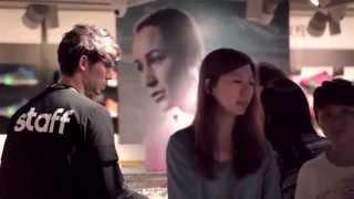 林书豪 Jeremy Lin 在爱迪达店乔装店员推销产品  超搞笑! thumbnail
