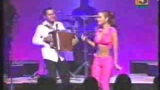 Samy y Sandra Sandoval (en vivo) - Tonto Corazón