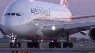 شاهد إقلاع أكبر طائرة ركاب _(The World's Largest Passenger Plane Taking Off( airbus a380