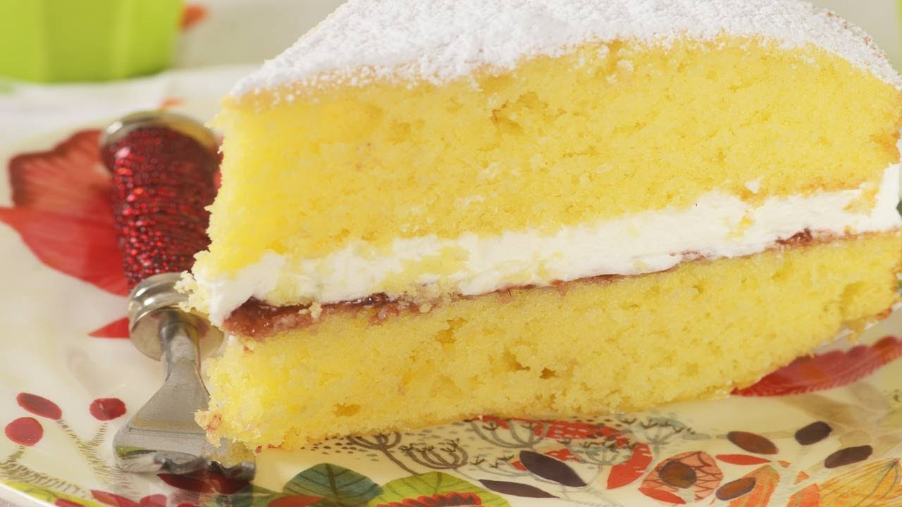 Victoria Sponge Cake Recipe Demonstration - Joyofbaking.com