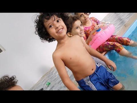 مقلبنا آسر في المسبح فلوق محذوف Youtube