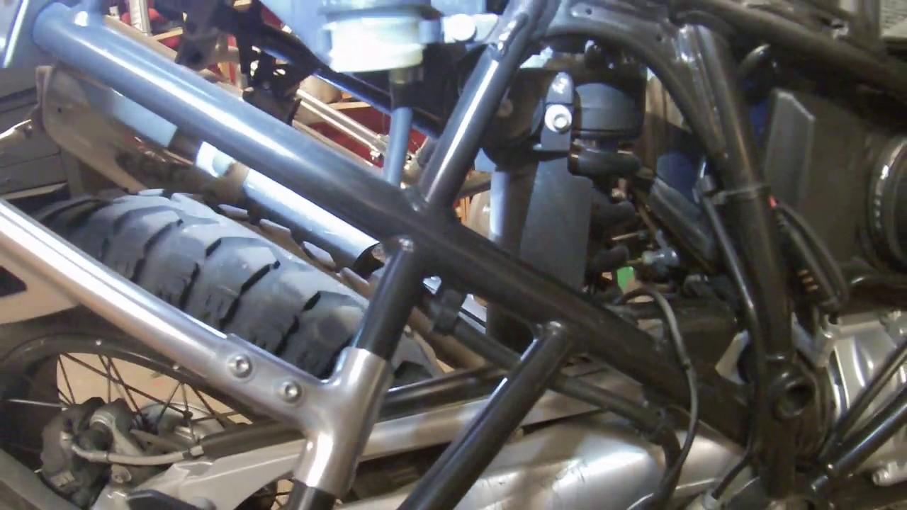 Byte av ABS sensor bak BMW R1200 GS Adventure